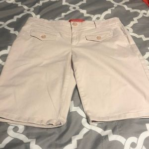 Anthropologie Cartonnier shorts size 6. EUC